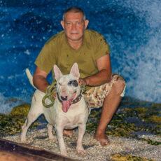 Gunter Kook, amigo de las mascotas, en la vida y en la muerte