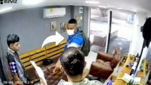 Aparecen más videos de atracador con uniforme de Air-e robando en diferentes barrios