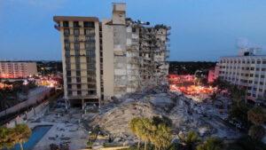 Cámara de seguridad captó desplome de edificio en Miami